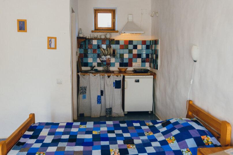 Двухместные номера с двумя раздельными кроватями, улица Блока, 22, Коктебель - Фотография 6
