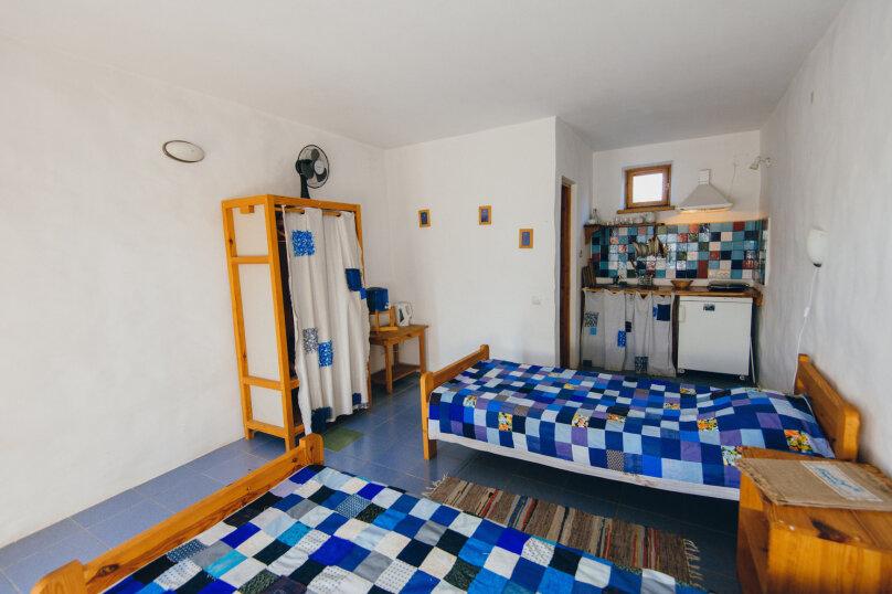 Двухместные номера с двумя раздельными кроватями, улица Блока, 22, Коктебель - Фотография 1
