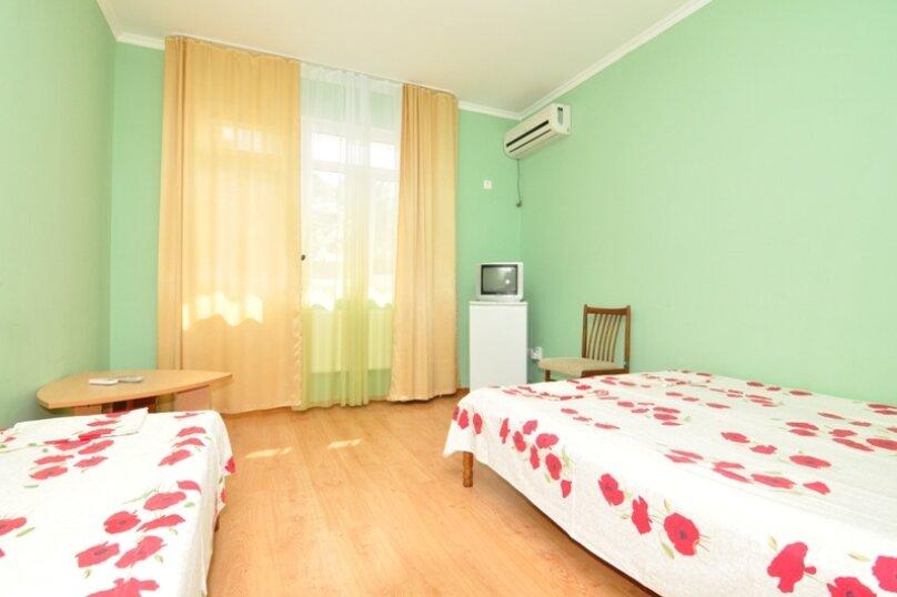"""Гостевой дом """"АЛИНА"""", Зелёная улица, 12 на 25 комнат - Фотография 47"""