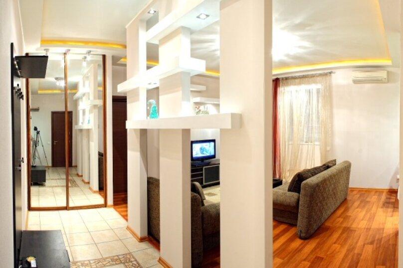 2-комн. квартира, 60 кв.м. на 4 человека, улица Гоголя, 4, Севастополь - Фотография 1