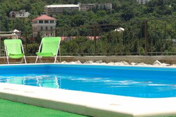 Сдаю одно и двухкомнатные номера с бассейном со всеми удобствами, Винодела Егорова, 40 на 6 номеров - Фотография 1
