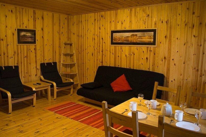 Дом на берегу озера в Карелии, 65 кв.м. на 4 человека, 2 спальни, деревня Кукшегоры, 1, Олонец - Фотография 2