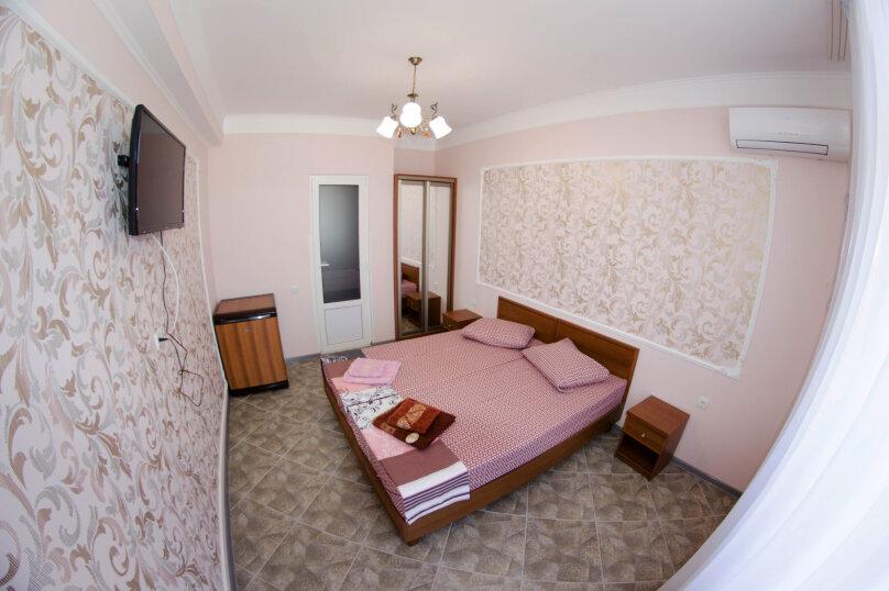 2-х местный стандарт, Черноморская набережная, 2В, Феодосия - Фотография 1