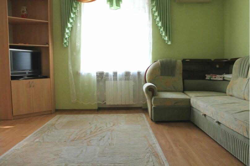 2-комн. квартира, 60 кв.м. на 4 человека, улица Гагарина, 16, метро Комсомольская, Волгоград - Фотография 4