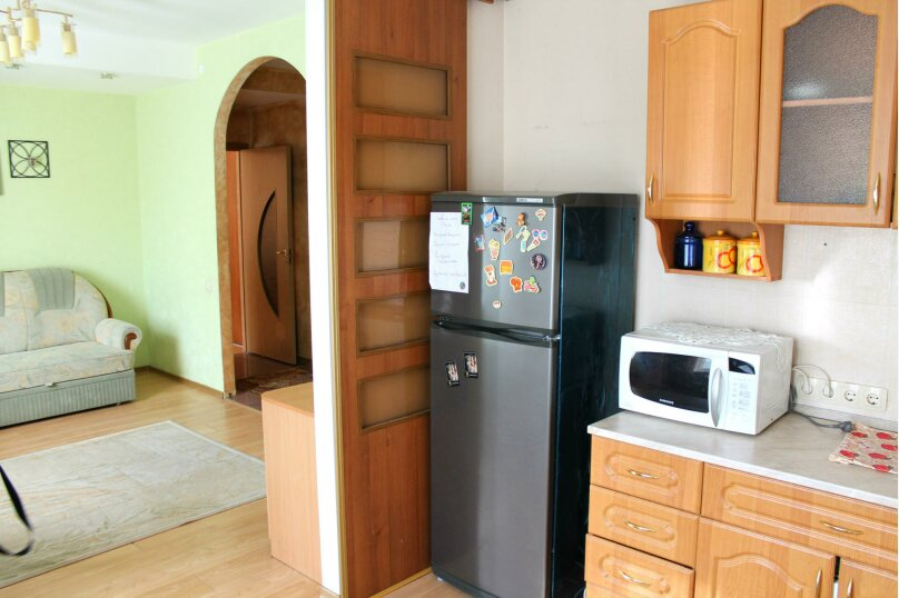 2-комн. квартира, 60 кв.м. на 4 человека, улица Гагарина, 16, метро Комсомольская, Волгоград - Фотография 9