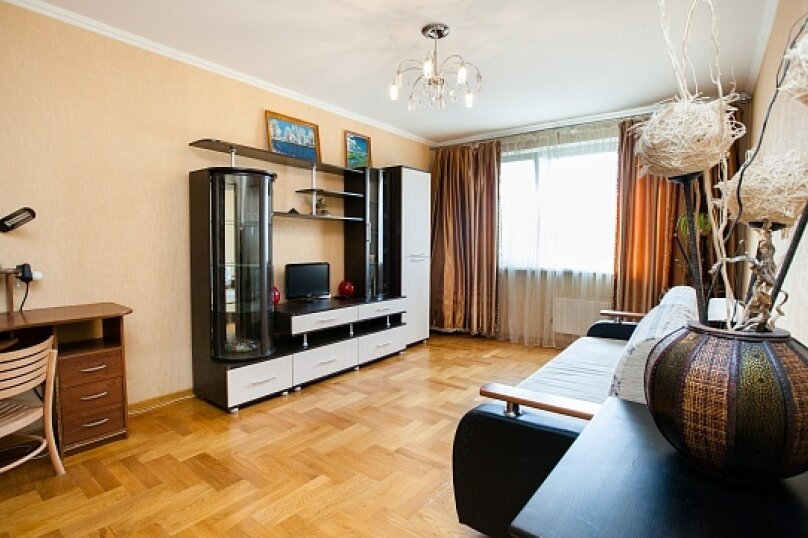 1-комн. квартира, 43 кв.м. на 3 человека, улица Барышиха, 19, метро Митино, Москва - Фотография 1