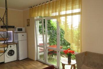 Дом, 60 кв.м. на 6 человек, 2 спальни, Строителей , 6, Гурзуф - Фотография 1