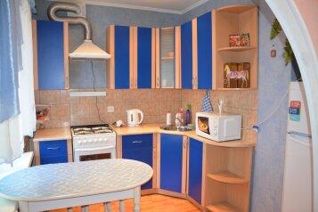 2-комн. квартира, 54 кв.м. на 4 человека, улица Блюхера, 51, Советский район, Челябинск - Фотография 3