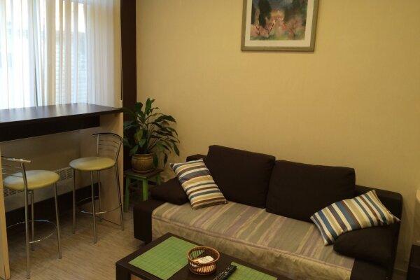 1-комн. квартира, 40 кв.м. на 4 человека, улица Чехова, 21А, Ялта - Фотография 1