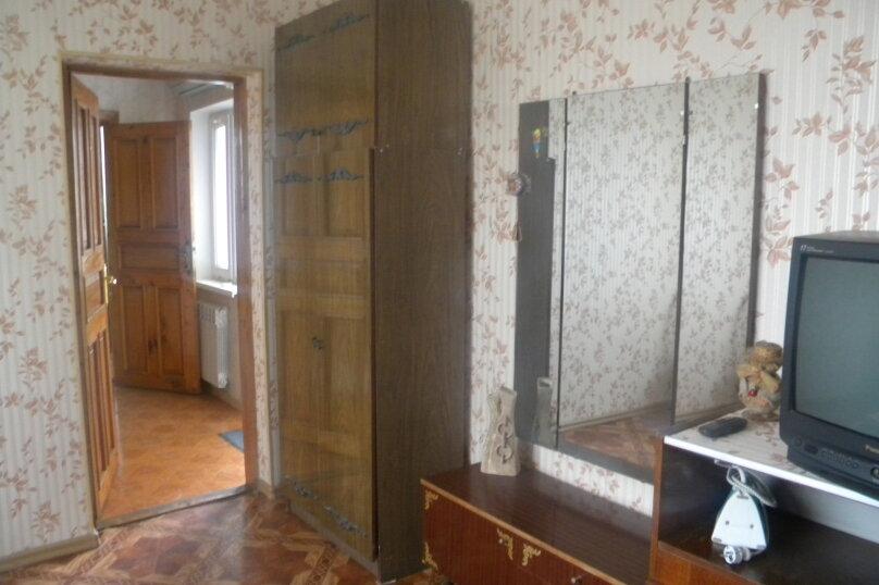 Двухкомнатный с верандой 2й этаж, Пионерская улица, 44, Алушта - Фотография 4