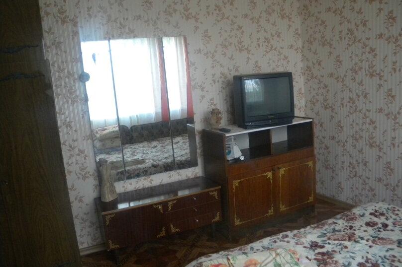 Двухкомнатный с верандой 2й этаж, Пионерская улица, 44, Алушта - Фотография 6