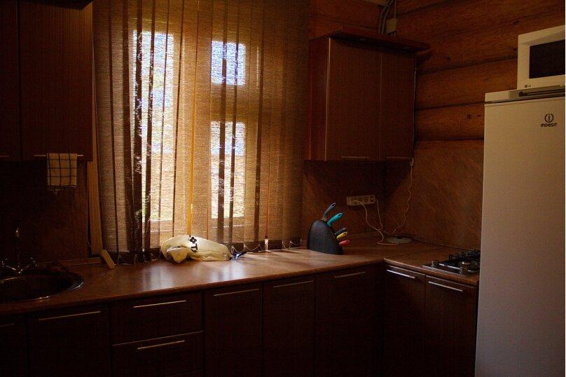 Комфортный коттедж из сруба (№1), 120 кв.м. на 14 человек, 2 спальни, Таежная улица, 2А, Казань - Фотография 16