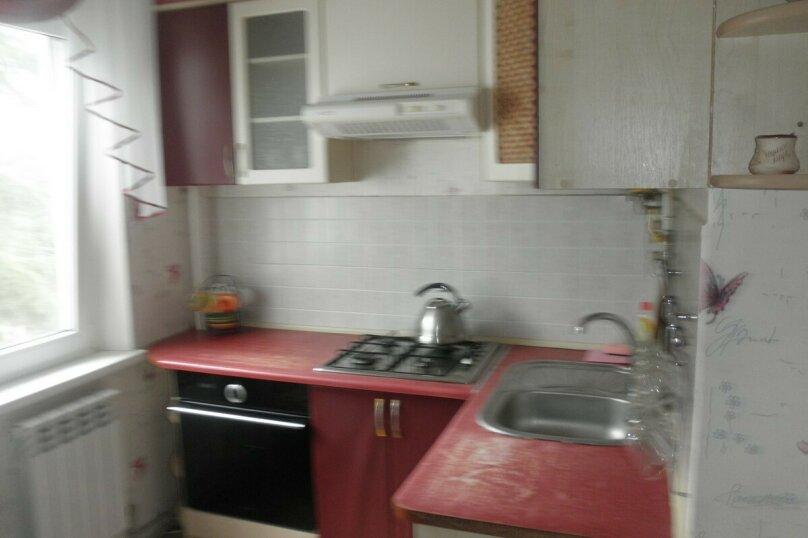 2-комн. квартира, 44 кв.м. на 6 человек, улица 50 лет Октября, 14, Алушта - Фотография 9
