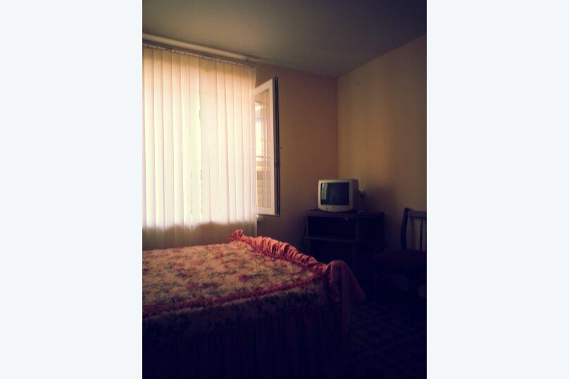 "Гостевой дом ""На Свердлова 8"", улица Свердлова, 8 на 4 комнаты - Фотография 5"