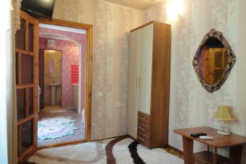 Домик на 2-3 человека, 30 кв.м. на 3 человека, 1 спальня, улица Карла Маркса, 4, Алушта - Фотография 3