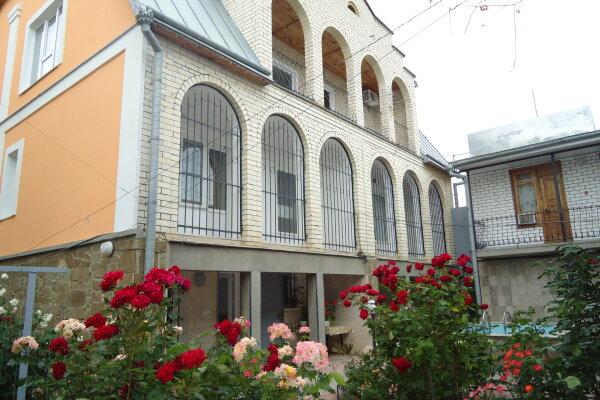 Гостевой дом, Яблоневая улица, 14А на 22 номера - Фотография 1