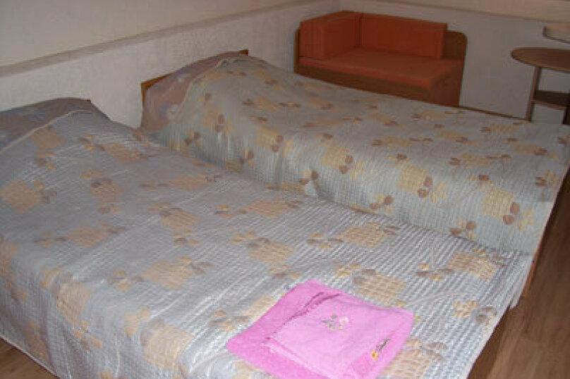 Номер с 2-мя 1-сп кроватями, Гагарина, 39, Севастополь - Фотография 1