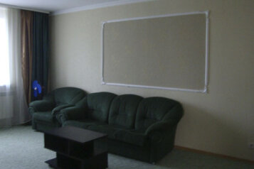 Коттедж для отдыха, второй этаж, 61 кв.м. на 7 человек, 3 спальни, переулок Леонова, 10А, поселок Приморский, Феодосия - Фотография 2