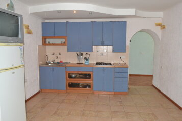 Коттедж для отдыха 1 этаж, 61 кв.м. на 8 человек, 3 спальни, переулок Леонова, поселок Приморский, Феодосия - Фотография 4