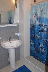 Коттедж для отдыха 1 этаж, 61 кв.м. на 8 человек, 3 спальни, переулок Леонова, 10А, поселок Приморский, Феодосия - Фотография 3