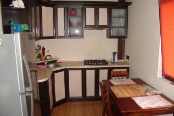 Уютный 2х этажный домик, 80 кв.м. на 5 человек, 2 спальни, Санаторная улица, 4, Гурзуф - Фотография 4