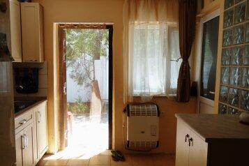 2-х комнатный коттедж на 4 человека, 1 спальня, улица Ленина, Судак - Фотография 4