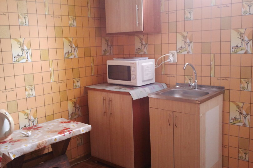 Двухместный номер с окном, улица Дмитрия Ульянова, 4, Динамо, Феодосия - Фотография 6