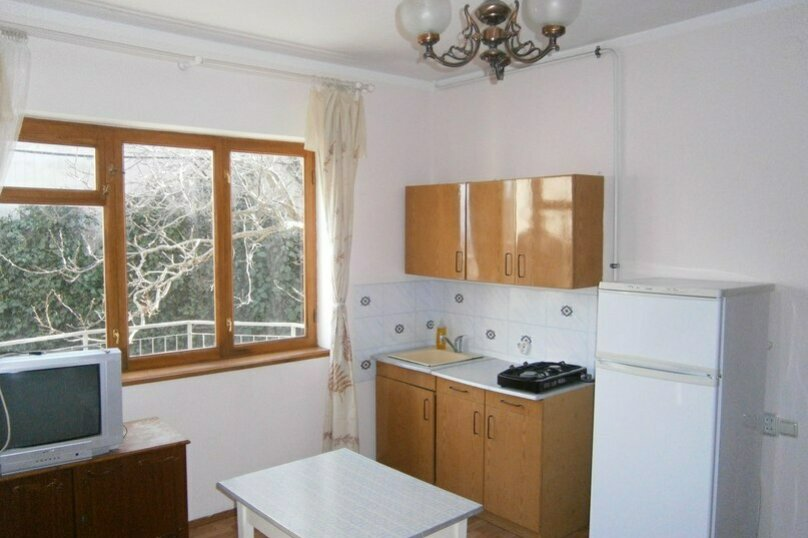Простые комнаты, Красномаякская улица, 14, Симеиз - Фотография 2