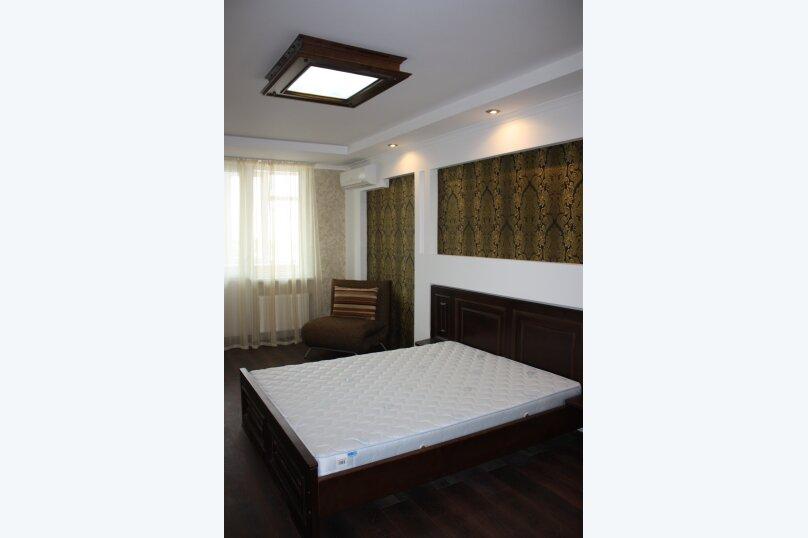 2-комн. квартира, 65 кв.м. на 4 человека, улица Адмирала Фадеева, 30, Севастополь - Фотография 9