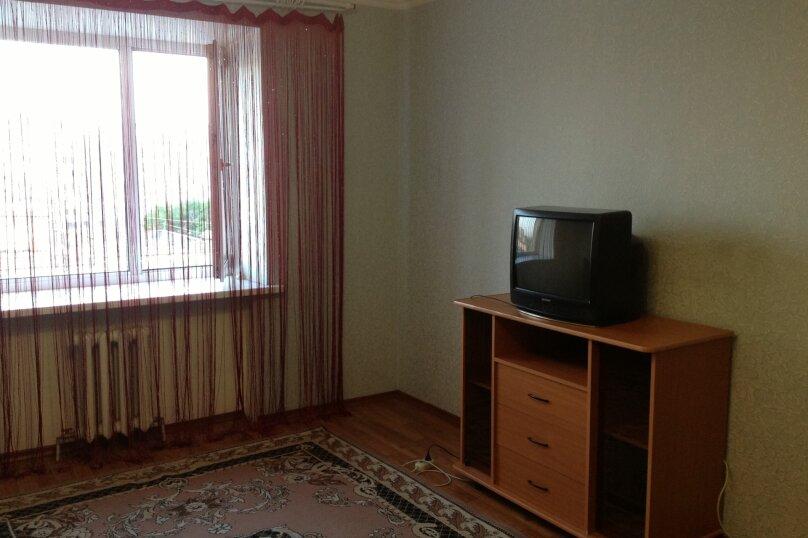 1-комн. квартира, 441 кв.м. на 2 человека, улица Тимирязева, 130, Тюмень - Фотография 2