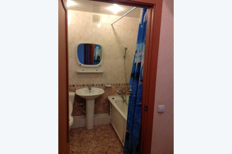 1-комн. квартира, 441 кв.м. на 2 человека, улица Тимирязева, 130, Тюмень - Фотография 5