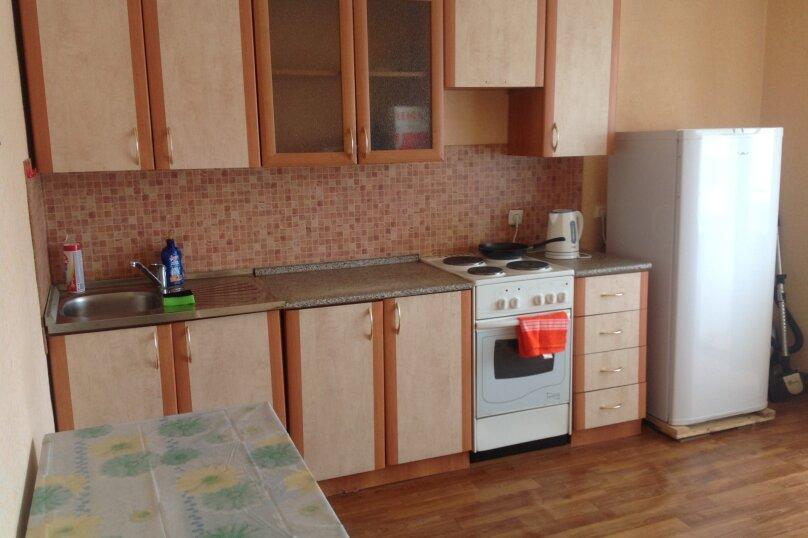 1-комн. квартира, 441 кв.м. на 2 человека, улица Тимирязева, 130, Тюмень - Фотография 6