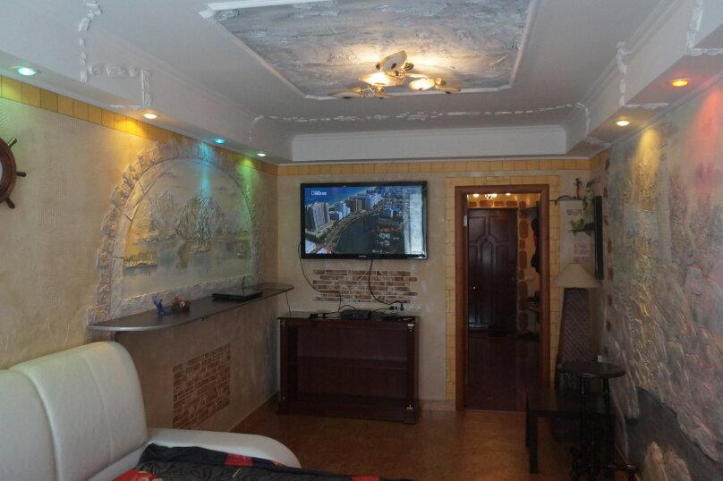 1-комн. квартира, 45 кв.м. на 3 человека, 1-й Магнитный проезд, 8к1, Саратов - Фотография 1
