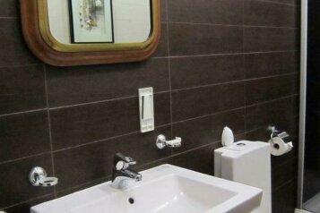 Лагуна:  Номер, Люкс, 4-местный, 2-комнатный, Мини-отель, Морская улица, 1 на 7 номеров - Фотография 3