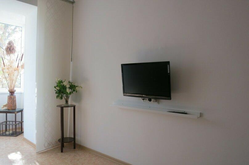2-комн. квартира, 60 кв.м. на 5 человек, Революционная, 12, Феодосия - Фотография 11