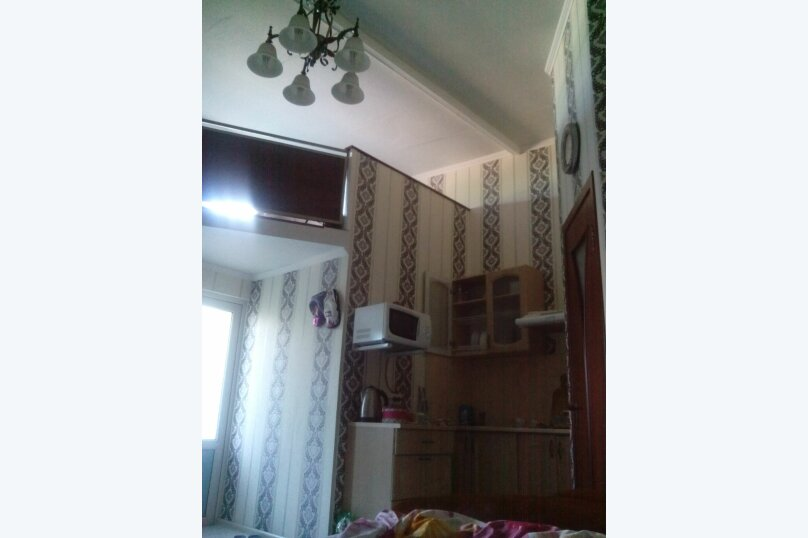 Коттедж для 4-х Однокомнатный в двухуровнях, 30 кв.м. на 4 человека, 1 спальня, улица Руданского, 11, Ялта - Фотография 2