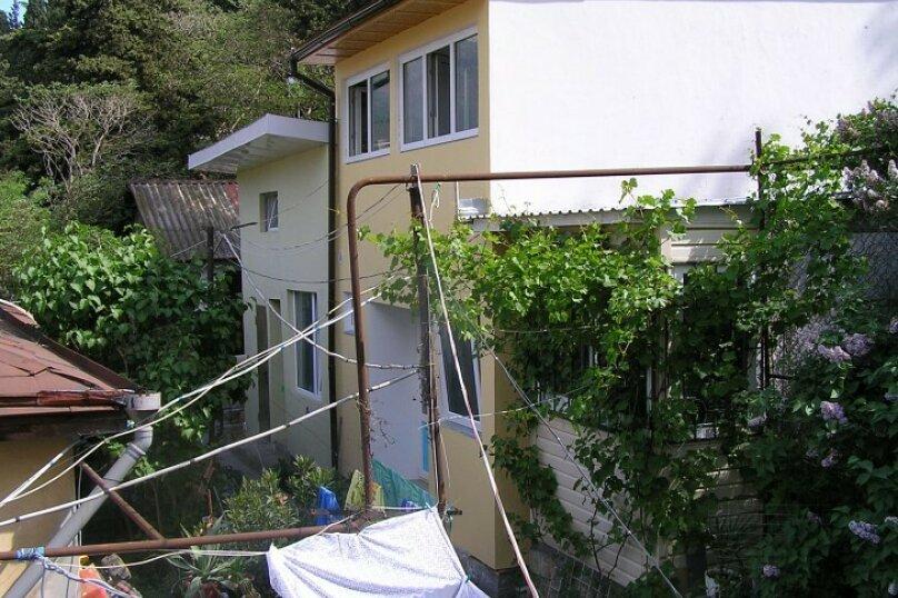 Коттедж для 4-х Однокомнатный в двухуровнях, 30 кв.м. на 4 человека, 1 спальня, улица Руданского, 11, Ялта - Фотография 11