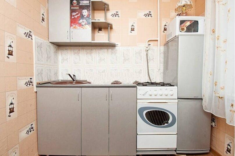 2-комн. квартира, 52 кв.м. на 6 человек, Российская улица, 218, Челябинск - Фотография 4