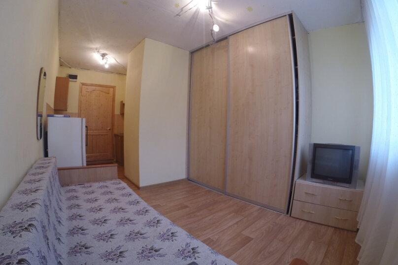 1-комн. квартира, 18 кв.м. на 1 человек, улица Королева, 14, Красноярск - Фотография 4