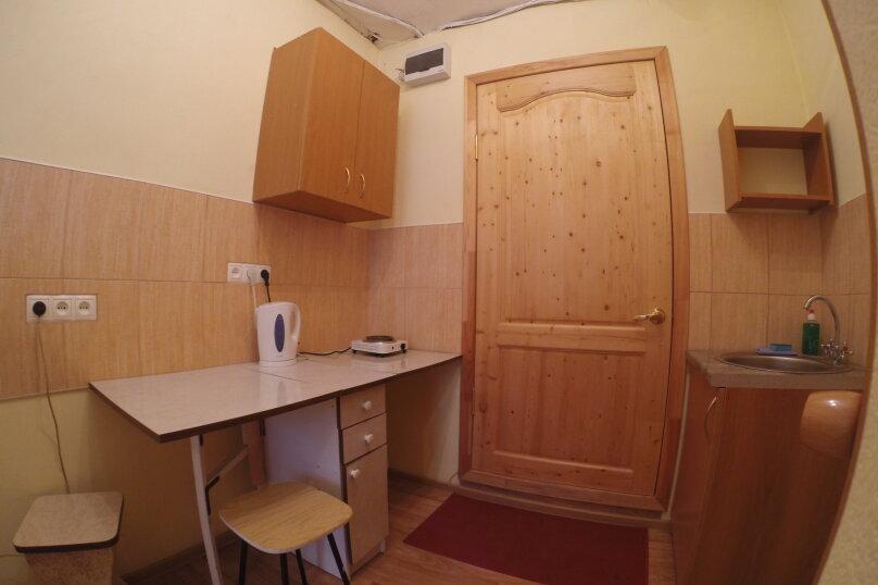 1-комн. квартира, 18 кв.м. на 1 человек, улица Королева, 14, Красноярск - Фотография 6