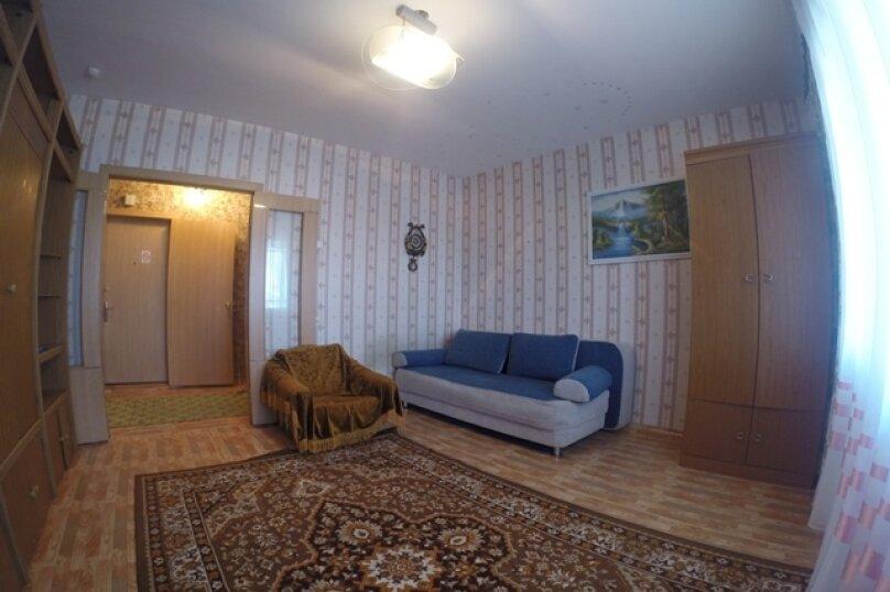 1-комн. квартира, 35 кв.м. на 1 человек, 3 Августа, 22-129, Красноярск - Фотография 1