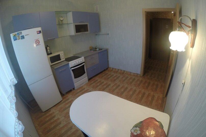 1-комн. квартира, 35 кв.м. на 1 человек, 3 Августа, 22-129, Красноярск - Фотография 9
