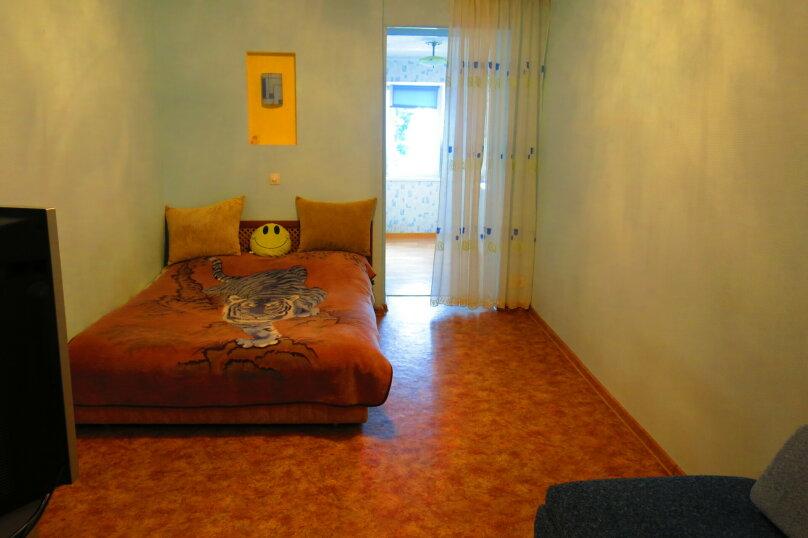 2-комн. квартира, 55 кв.м. на 5 человек, улица Сурикова, 10, Алупка - Фотография 12