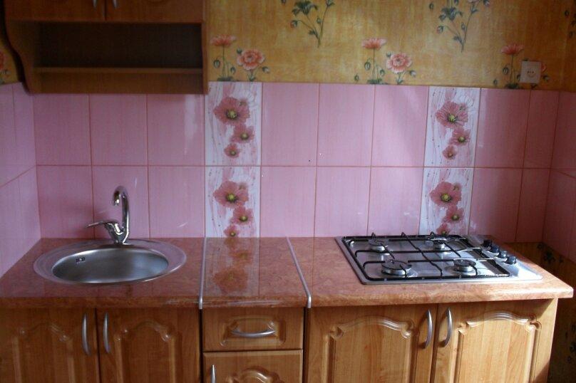 Дачный домик, 25 кв.м. на 5 человек, 2 спальни, Морская, 6, поселок Орджоникидзе, Феодосия - Фотография 2