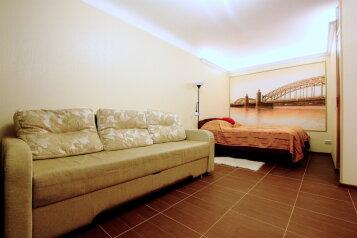 1-комн. квартира, 32 кв.м. на 4 человека, Среднеохтинский проспект, Санкт-Петербург - Фотография 2