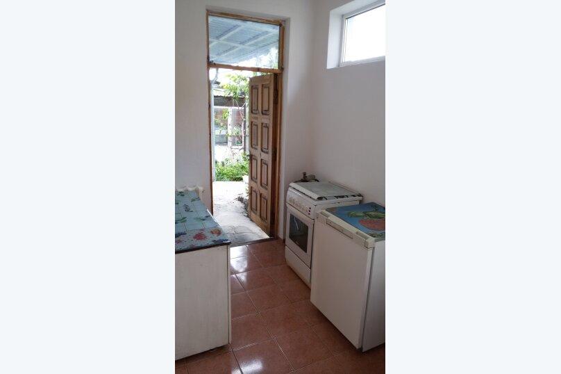 Мария8- двухкомнатный 6-ти местный с кухней, Севастопольское шоссе, 22, Алупка - Фотография 4
