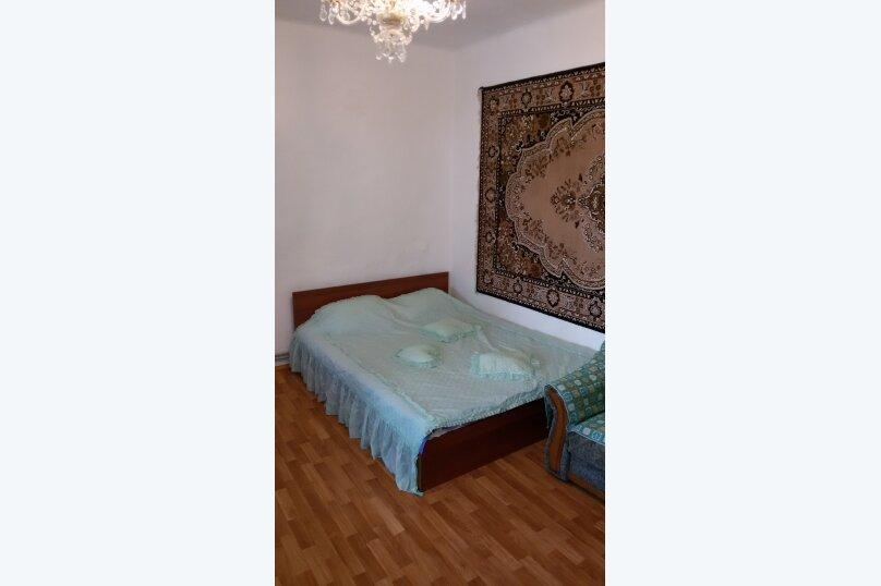 Мария8- двухкомнатный 6-ти местный с кухней, Севастопольское шоссе, 22, Алупка - Фотография 1