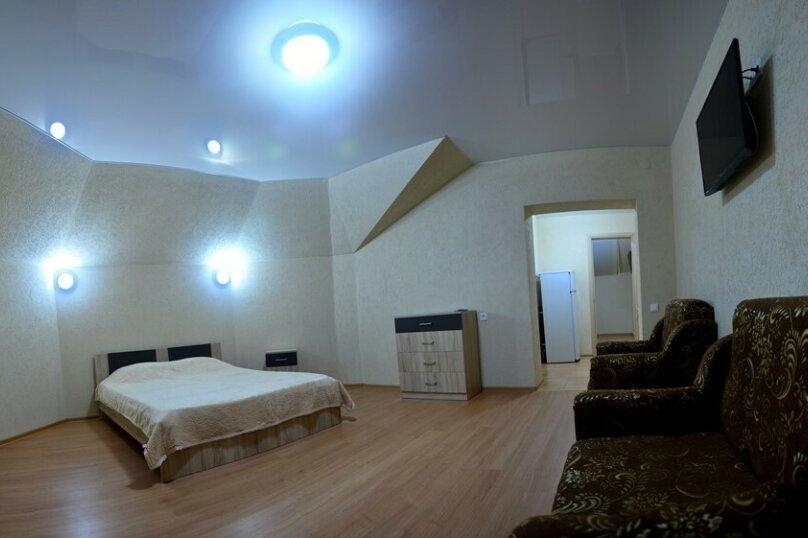 6-ти местный 2-х комнатный С БАЛКОНОМ (22), Пролетарская улица, 41, Витязево - Фотография 1