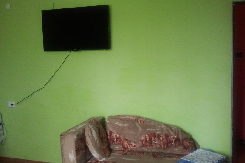 1-комн. квартира, 56 кв.м. на 3 человека, бульвар Старшинова, 19, Феодосия - Фотография 2
