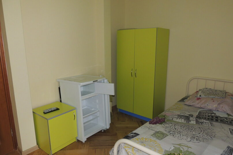 Комфорт с санузлом в номере , Новороссийская улица, 132, Геленджик - Фотография 3